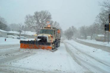 Citywide plowing starts at midnight. Please choose off-street parking options. No snow emergency in effect.